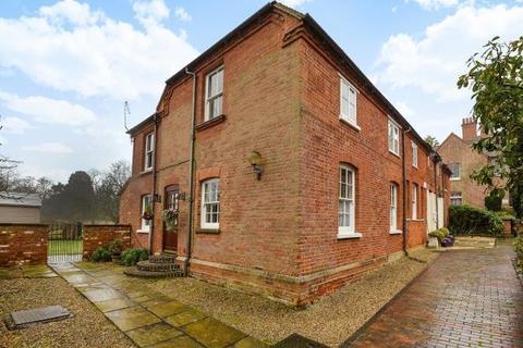 3 bedroom house to rent - Murrell Hill Lane, Binfield, RG42