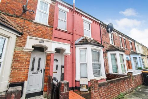 3 bedroom terraced house to rent - Lawrence Street, Bedford