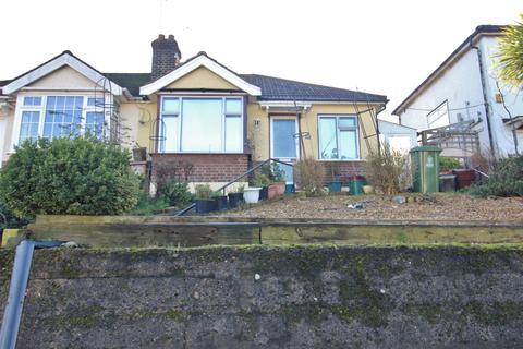 2 bedroom bungalow to rent - Abbey Road, Belvedere, DA17 5DE