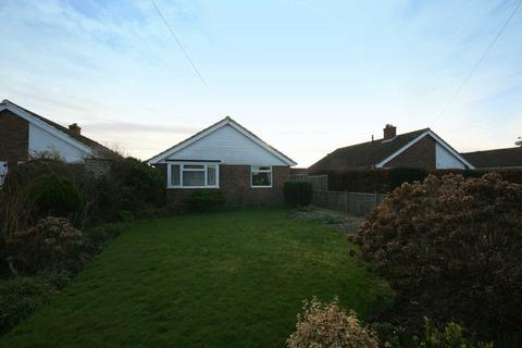 2 bedroom detached bungalow for sale - Green Lane, Selsey