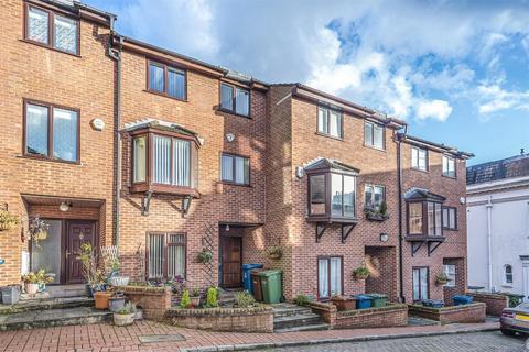 4 bedroom terraced house for sale - Harrow Fields Gardens, HARROW