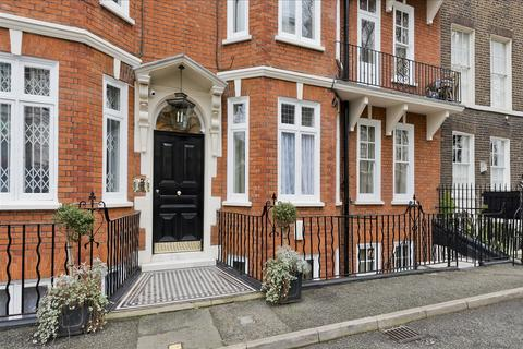 3 bedroom flat for sale - Welbeck Court, Addison Bridge Place, Olympia W14
