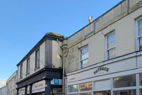 3 bedroom flat to rent - Church Street, Falmouth