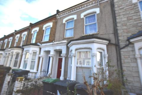 2 bedroom maisonette for sale - Newlyn Road, Tottenham, N17