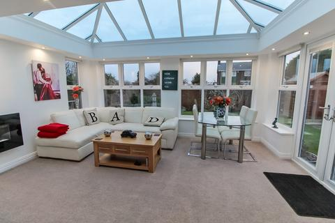 2 bedroom detached bungalow for sale - Blagdon Drive, Blyth