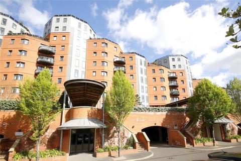 3 bedroom flat to rent - New Atlas Wharf, Arnham Place, Westferry,South Quay, Canary Wharf, London, E14 3ST