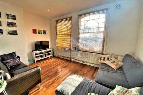 1 bedroom flat to rent - Elmbourne Road, Balham, London, SW17 8JR