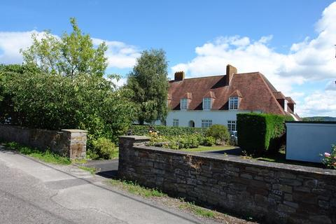 3 bedroom character property for sale - Grade II listed Arts and Crafts Cottage in the Lutyens style