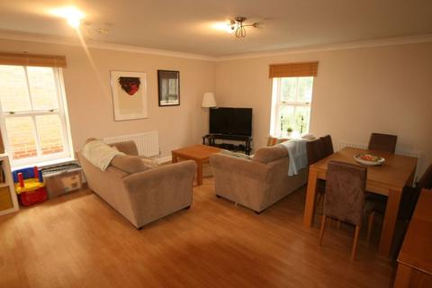 2 bedroom apartment to rent - Church Paddock Court, Wallington