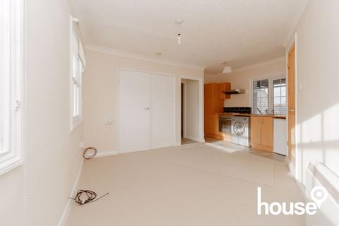1 bedroom apartment for sale - Clock Tower Crescent, Sheerness