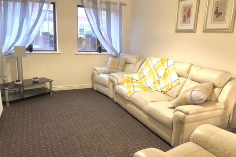 2 bedroom property to rent - Granada Mews, Manchester