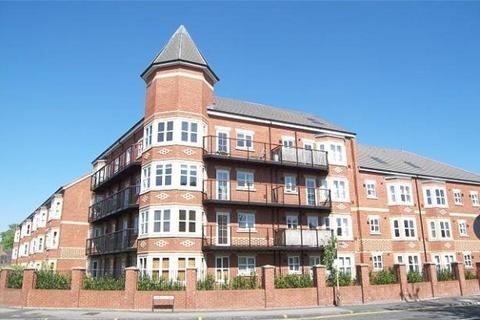 3 bedroom apartment to rent - Russell Place Sale M33 7LD