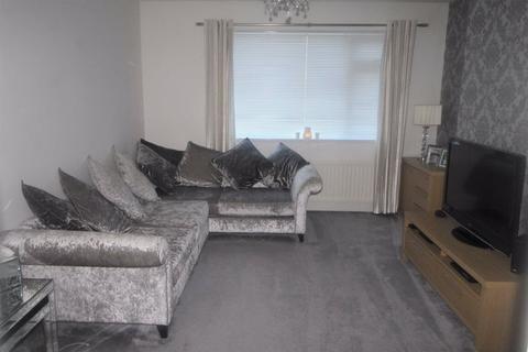3 bedroom flat for sale - Oak Avenue, Dunston, Tyne & Wear