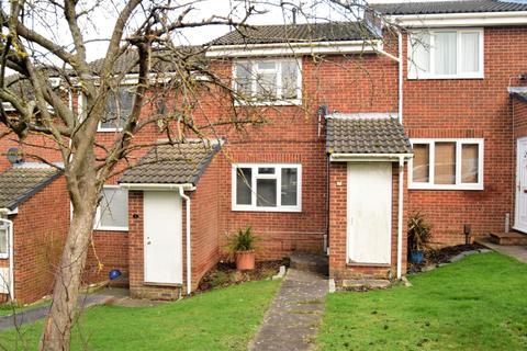 2 bedroom terraced house for sale - Bond Road, Rainham