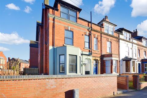 1 bedroom flat to rent - Whisby House, West Parade, Lincoln