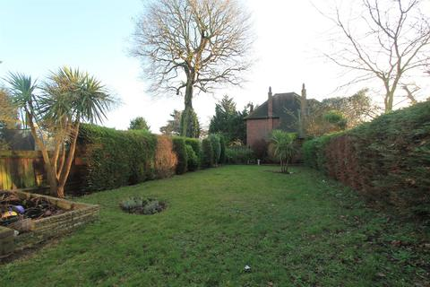 3 bedroom semi-detached house to rent - Colepits Wood Road, Eltham
