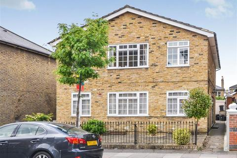 1 bedroom flat to rent - Russell Road, Wimbledon