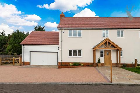 3 bedroom semi-detached house for sale - Nazeing Common, Nazeing, Essex