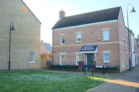 3 bedroom house for sale - Wichelstowe