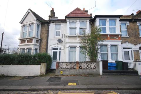 2 bedroom flat for sale - Moyers Rd, Leyton