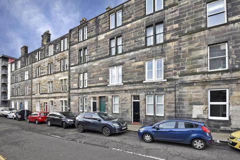 2 bedroom flat for sale - 4 Ashley Place, Bonnington, EH6 5PX