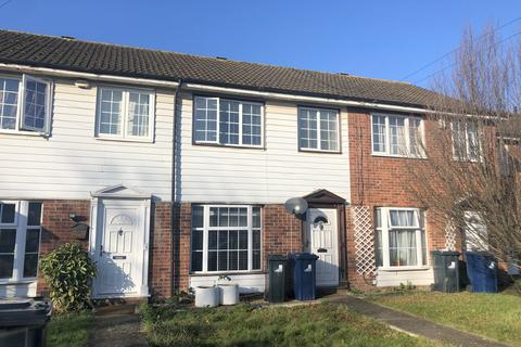 3 bedroom house to rent - Canterbury Close, Greenford, UB6