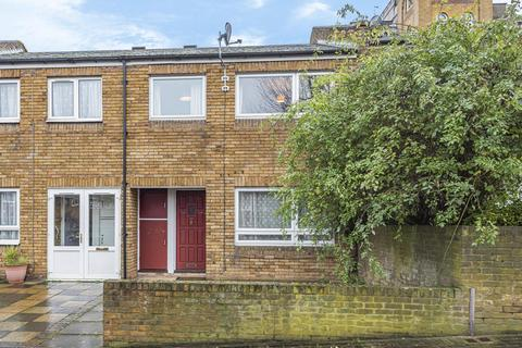 3 bedroom terraced house for sale - Garrick Close, Wandsworth