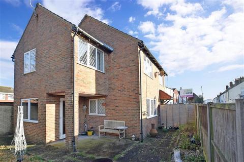 3 bedroom detached house for sale - Mead Lane, Bognor Regis, West Sussex