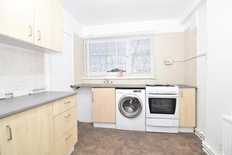 2 bedroom flat to rent - Castlehaven Road, Kentish Town, London, NW1 8PU