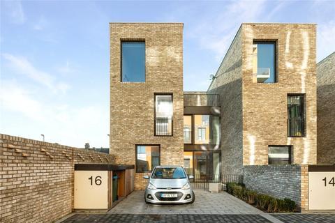 3 bedroom townhouse for sale - Cyrus Field Street, Greenwich, SE10