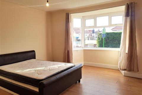 2 bedroom property to rent - Faldonside, Heaton, NEWCASTLE UPON TYNE NE6