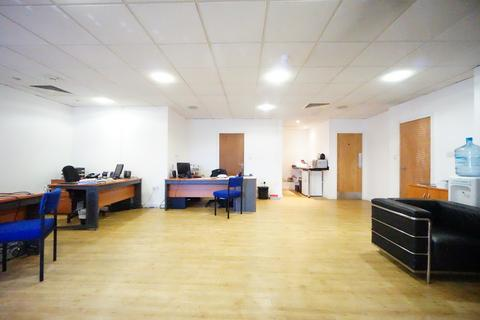 Office to rent - Brewery Road, Islington
