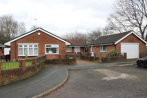 3 bedroom bungalow for sale - Lindrick Close, New Moston, Manchester
