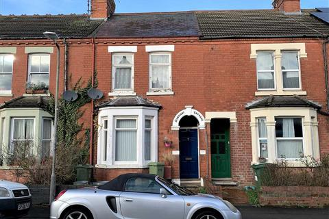 3 bedroom terraced house for sale - Church Street, Wolverton, Milton Keynes