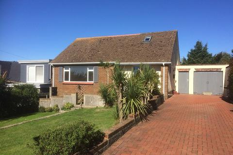 3 bedroom bungalow to rent - 3 Brig Y Don Hill, Ogmore-by-Sea, Bridgend, South Glamorgan. CF32 0PS
