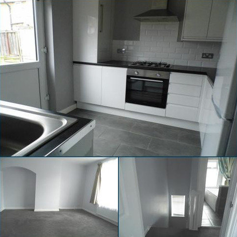 2 bedroom terraced house to rent - Babington Road, Dagenham RM8