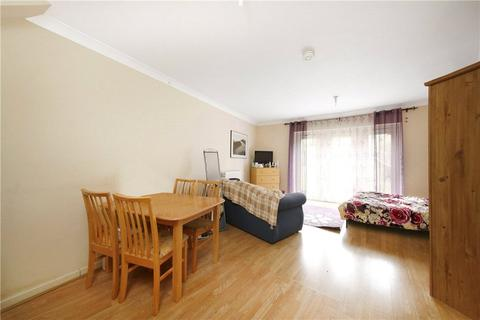 4 bedroom house to rent - Gatcombe Road, Britannia Village, London, E16