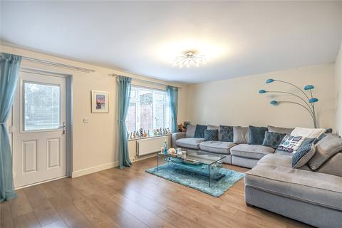 3 bedroom terraced house for sale - Lowdell Close, Yiewsley, Middlesex, UB7