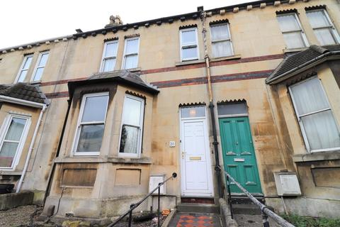 4 bedroom terraced house to rent - Vernon Terrace, Lower Bristol Road, Bath