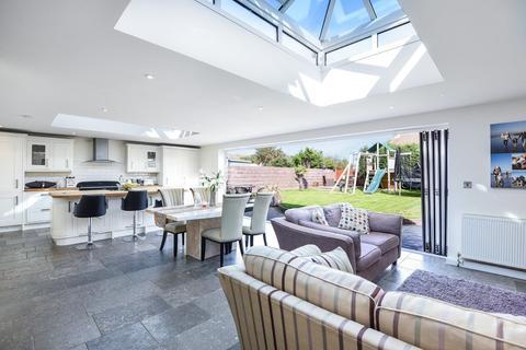 4 bedroom semi-detached house for sale - Shoreham Beach