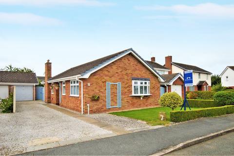3 bedroom detached bungalow for sale - West Way, Rossett, Wrexham