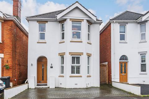 4 bedroom detached house for sale - Sunnyhill Road, Southbourne