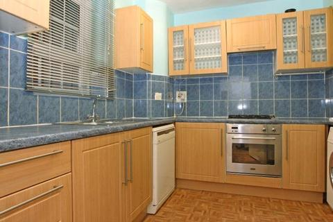 1 bedroom apartment to rent - Comber Grove, London, SE5