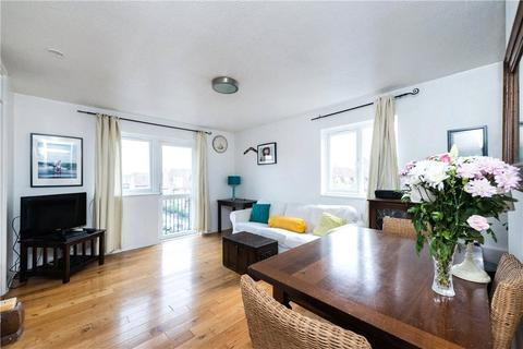 2 bedroom property to rent - Canterbury Place, London, SE17