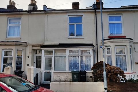 4 bedroom terraced house to rent - WYNDCLIFFE ROAD, SOUTHSEA, PO4 0LA