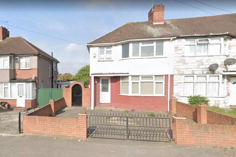 3 bedroom terraced house for sale - Mildred Avenue, Hayes, UB3