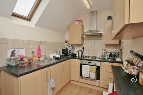 3 bedroom apartment to rent - Cowley Road, Oxford, OX4 1XG