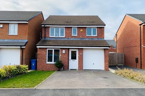 3 bedroom detached house for sale - Collis Close, Burntwood