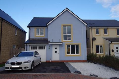 4 bedroom detached house for sale - Tiger Moth Road, HAYWOOD VILLAGE