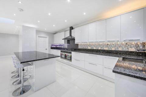 4 bedroom semi-detached house to rent - Norfolk Road, London SW19